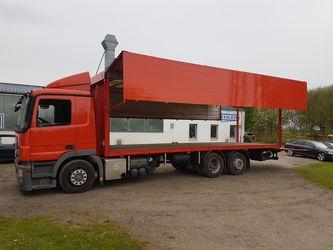 Lackierte Kraftfahrzeuge in Heide